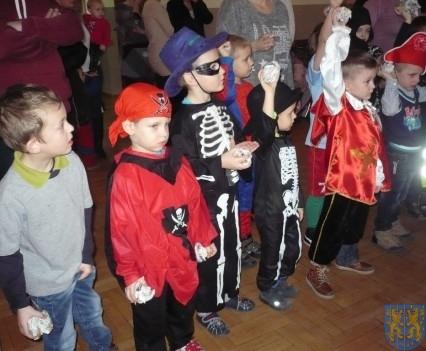 Karnawał przedszkolaków z Jedynki (11)
