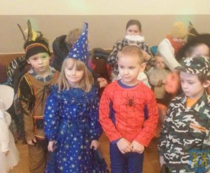 Karnawał przedszkolaków z Jedynki (3)