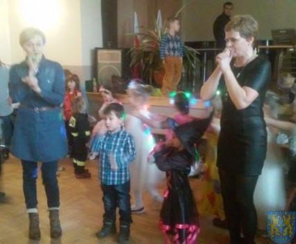 Karnawał przedszkolaków z Jedynki (4)