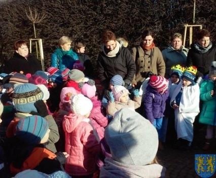 Wspólne kolędowanie z przedszkolakami (14)