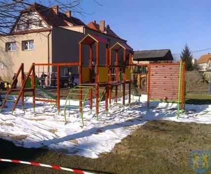 Dzieci mają się gdzie bawić (10)