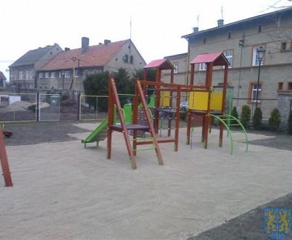 Dzieci mają się gdzie bawić (11)