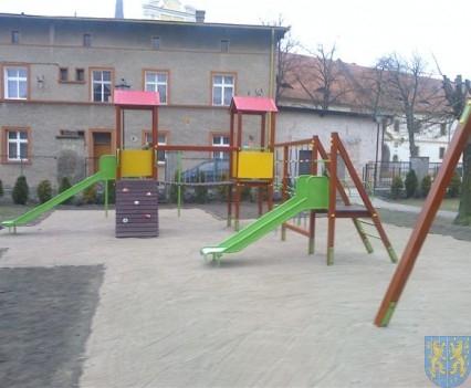 Dzieci mają się gdzie bawić (12)
