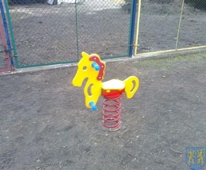 Dzieci mają się gdzie bawić (15)