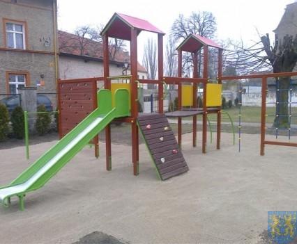 Dzieci mają się gdzie bawić (16)