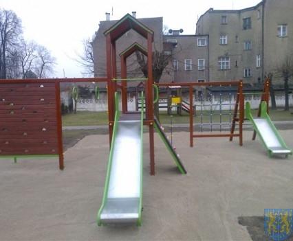 Dzieci mają się gdzie bawić (17)