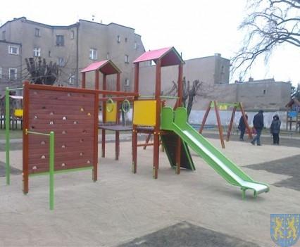 Dzieci mają się gdzie bawić (18)