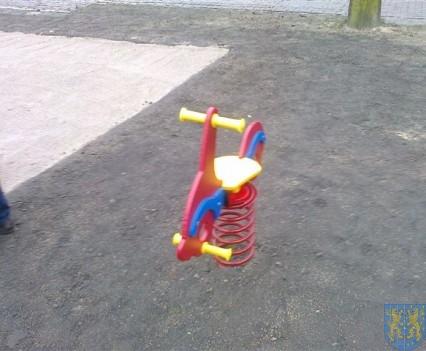 Dzieci mają się gdzie bawić (19)