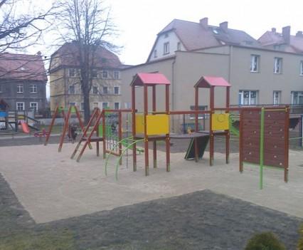 Dzieci mają się gdzie bawić (21)