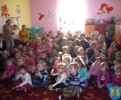 Zapraszamy dzieci do przedszkola (1)