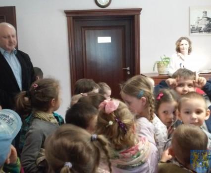 Najmłodsi obywatele w Urzędzie Gminy (12)