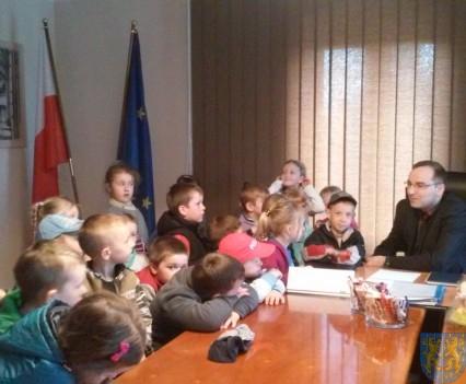 Najmłodsi obywatele w Urzędzie Gminy (15)