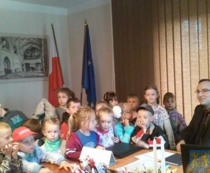 Najmłodsi obywatele w Urzędzie Gminy (16)