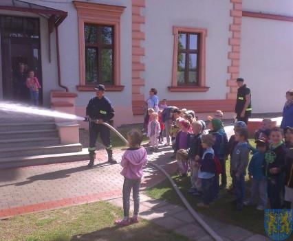 Taki strażak to bohater (4)
