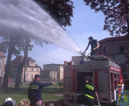 Taki strażak to bohater (7)