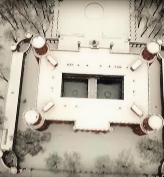 Pałac Marianny jak w zimowy śnie w 55 sekund