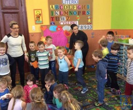 Dzień Kobiet wśród przedszkolaków (4)