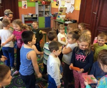 Dzień Kobiet wśród przedszkolaków (8)