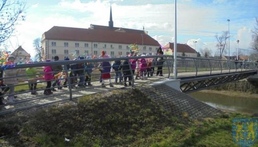 Przedszkolaki witają  wiosnę