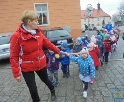 Korzyści płynące z przebywania dzieci na świeżym powietrzu (22)