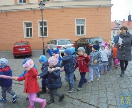 Korzyści płynące z przebywania dzieci na świeżym powietrzu (23)