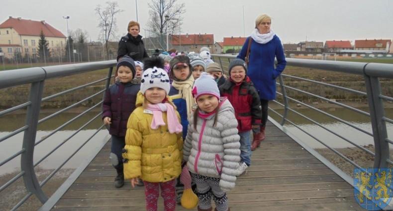 Korzyści płynące z przebywania dzieci na świeżym powietrzu (6)