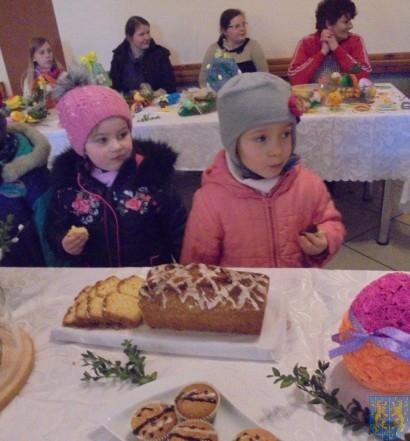 Przedszkolaki na Jarmarku  Wielkanocnym (18)