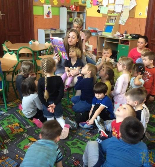 Przedszkolaki obchodziły Międzynarodowy Dzień Książki (6)