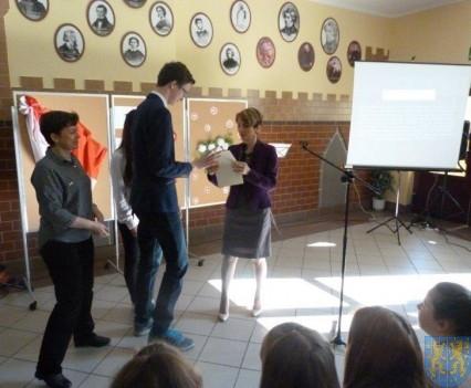 Majowe świętowanie w kamienieckim gimnazjum (14)