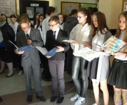 Majowe świętowanie w kamienieckim gimnazjum (3)