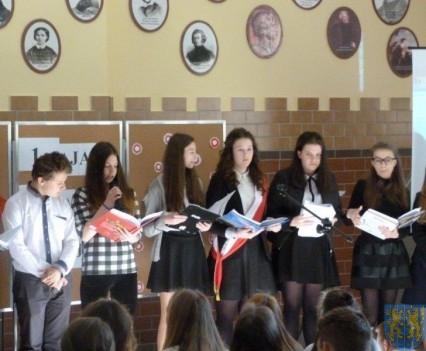Majowe świętowanie w kamienieckim gimnazjum (9)