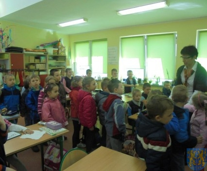 Przedszkolaki poszły do szkoły (12)