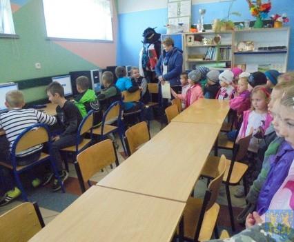 Przedszkolaki poszły do szkoły (40)