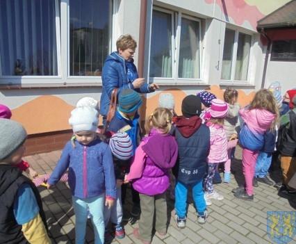 Przedszkolaki poszły do szkoły (43)