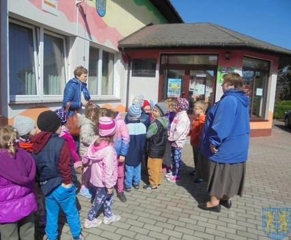 Przedszkolaki poszły do szkoły (44)