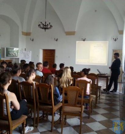 Lekcja historii w Archiwum Państwowym (8)