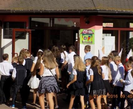 Po wakacjach wróciliśmy do naszej szkoły (14)