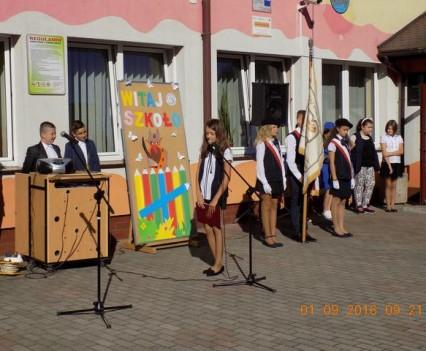 Po wakacjach wróciliśmy do naszej szkoły (2)