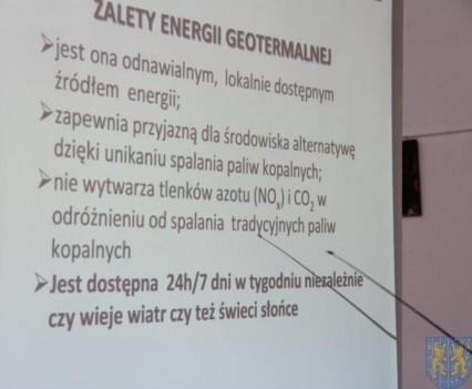 Samorządowcy o źródłach władzy i ciepła (119)