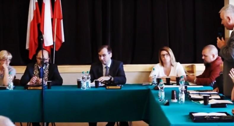 Sesja Rady Gminy Kamieniec Ząbkowicki VIII 2016