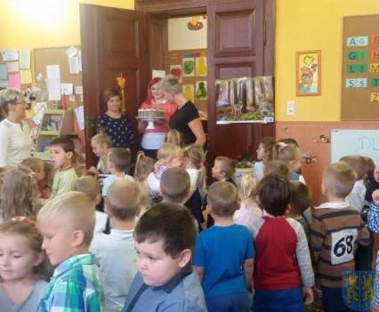 Święto edukacji wśród przedszkolaków (10)