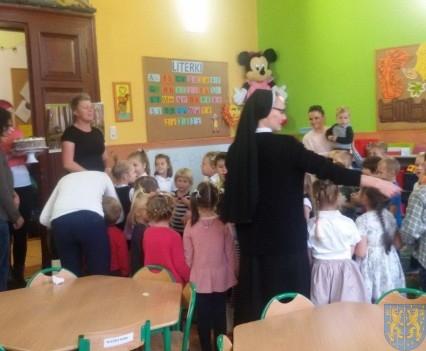 Święto edukacji wśród przedszkolaków (8)