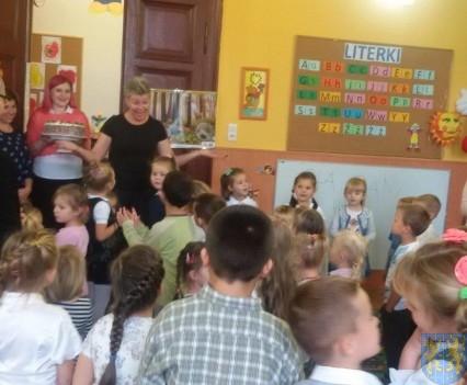 Święto edukacji wśród przedszkolaków (9)