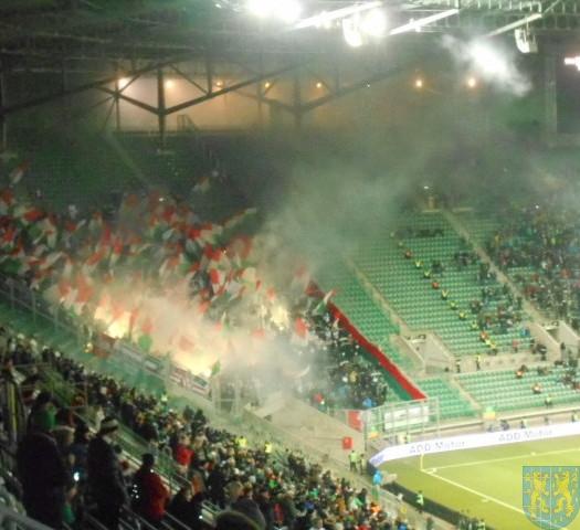 Dzieci na stadionie (1)