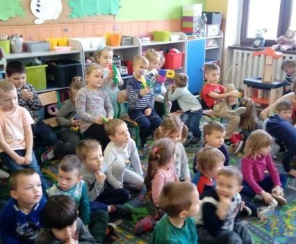 Czerwony Kapturek w przedszkolu (4)