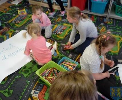 Międzynarodowy Dzień Książki wśród przedszkolaków (13)