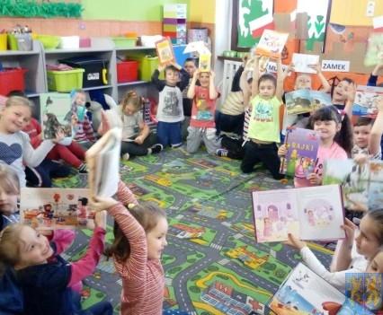 Międzynarodowy Dzień Książki wśród przedszkolaków (7)
