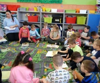 Międzynarodowy Dzień Książki wśród przedszkolaków (8)