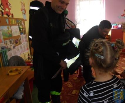 Strażacy w Baśniowej Krainie (13)