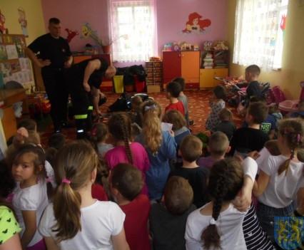 Strażacy w Baśniowej Krainie (3)